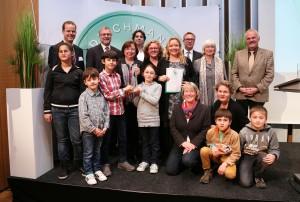 Projekt der städtischen Hinsbeck- und katholischen Josefschule: 1. Platz beim DEICHMANN-Förderpreis für Integration